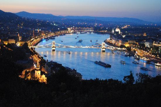 citadella-budapest-a2a8e417921cf7380cb86