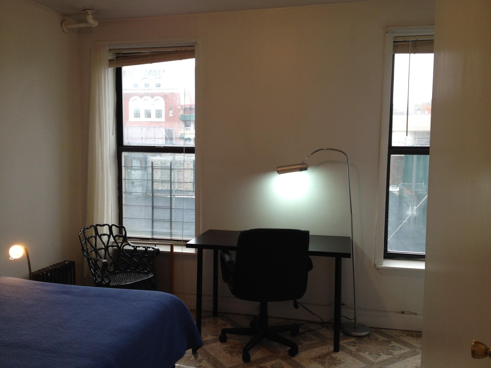 city-retrieve1-large-bedroom-comfortable