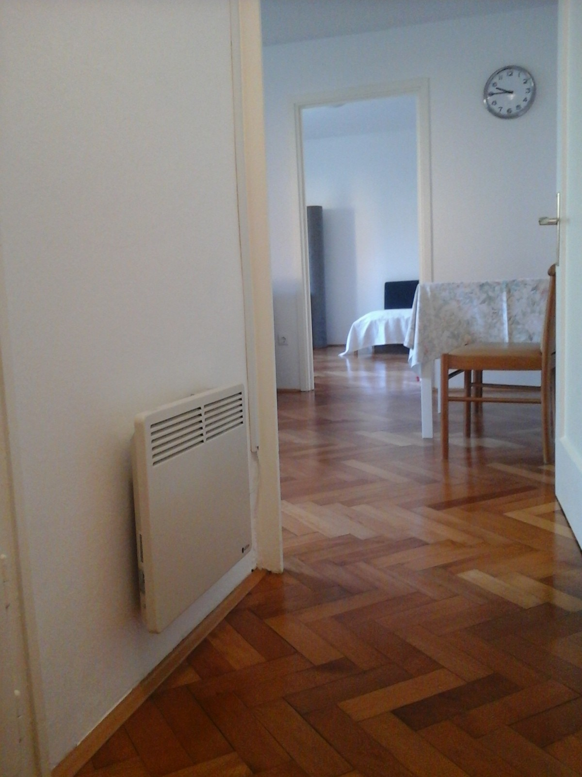 clean-fresh-apartment-center-maribor-9a5