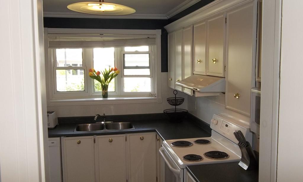 Clean Room For Rent Near Carleton University University Dorm Ottawa
