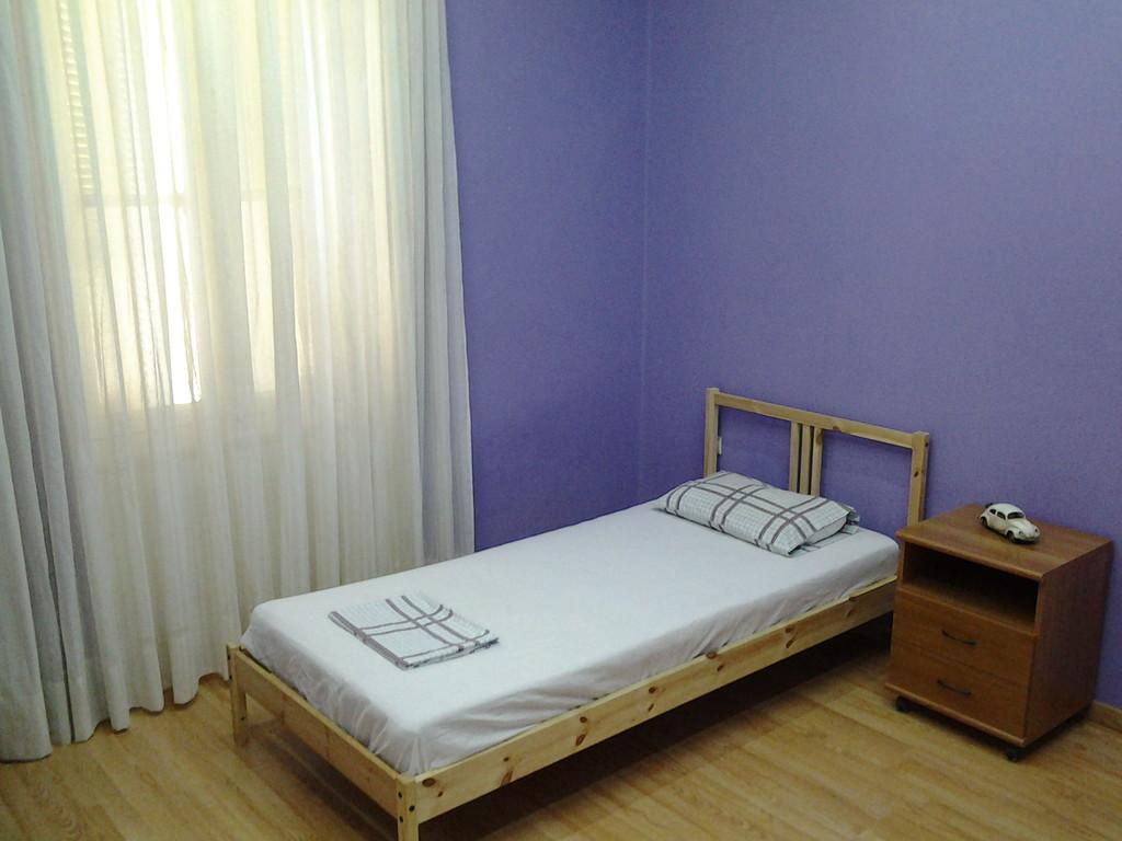 club-9-athens-9-bed-erasmus-house-250-28