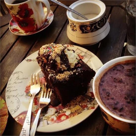coffee-cake-good-friends-96fbcd14657f713