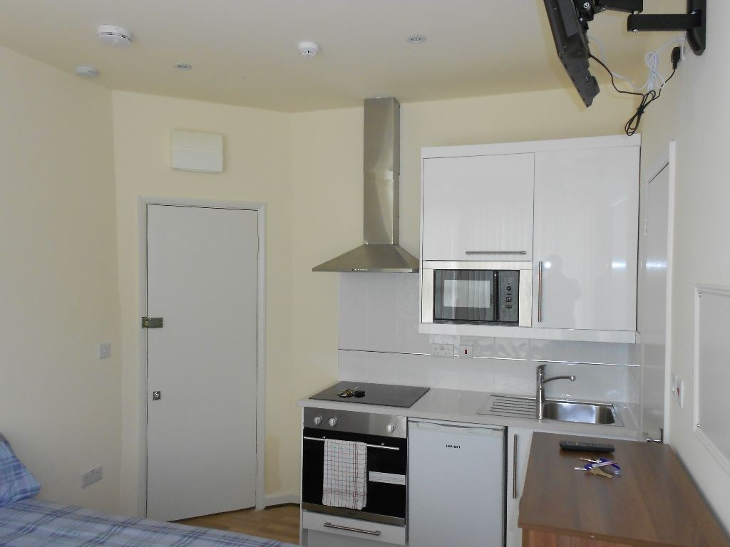 ... Comfortable One Bedroom Apartment For Rent In Munich