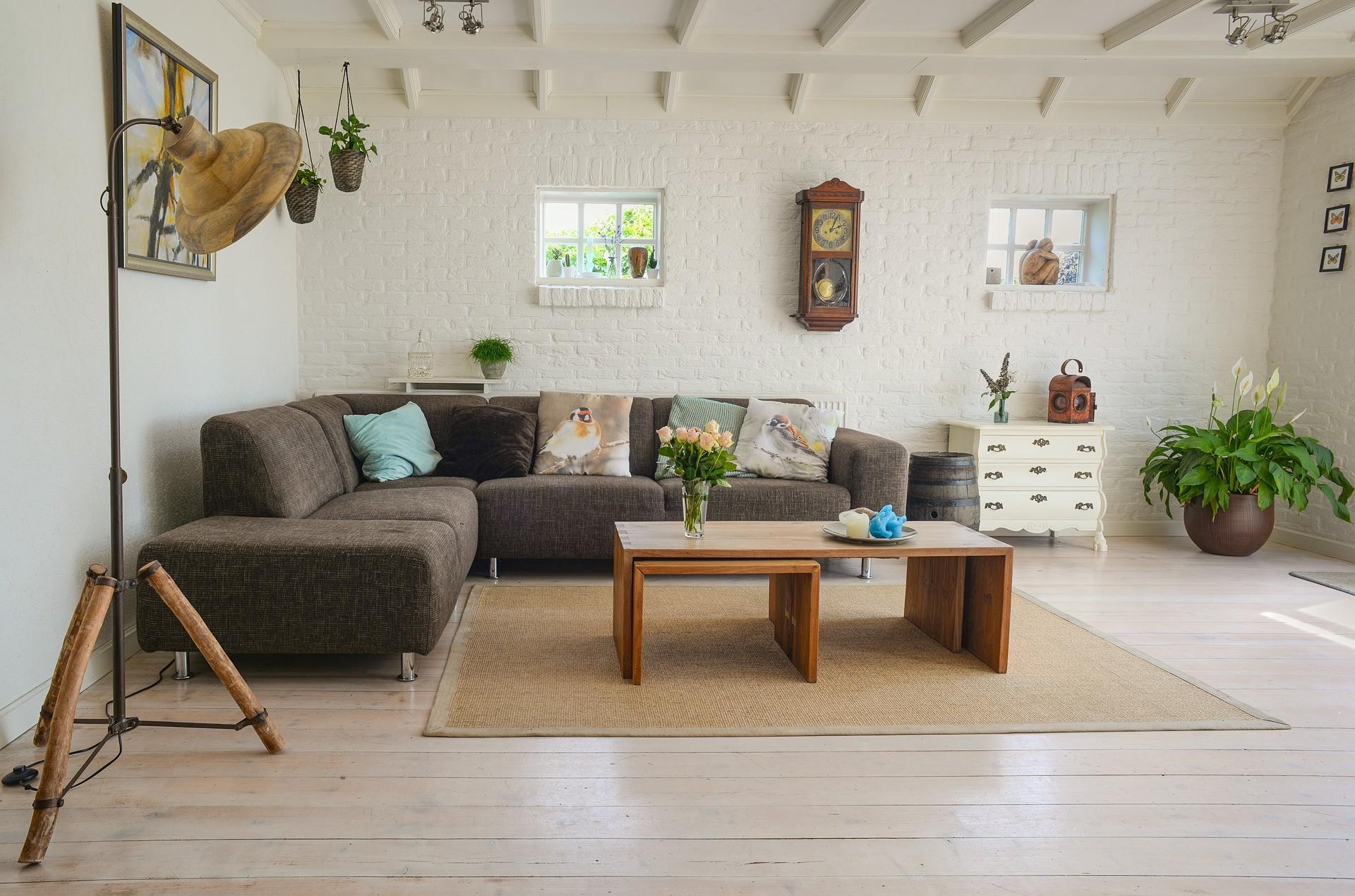Comment Tapisser Une Piece Pour L Agrandir comment décorer sa maison à petit prix ? | conseils erasmus