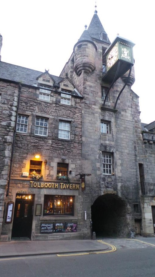 Cómo experimentar Edimburgo correctamente, ser un buen invitado y disfrutar de la ciudad