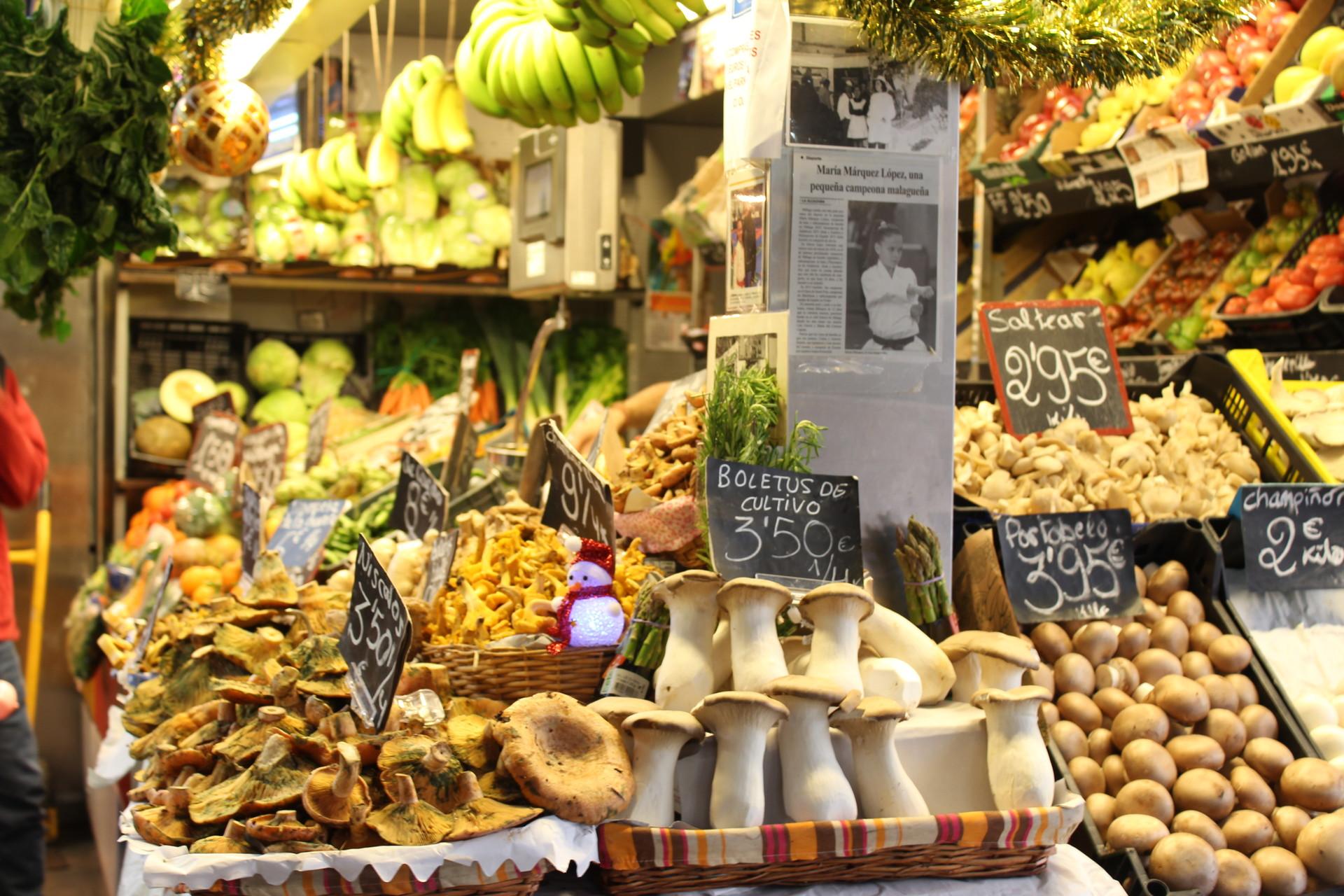 Mercado De Atarazanas Donde Comer En Malaga