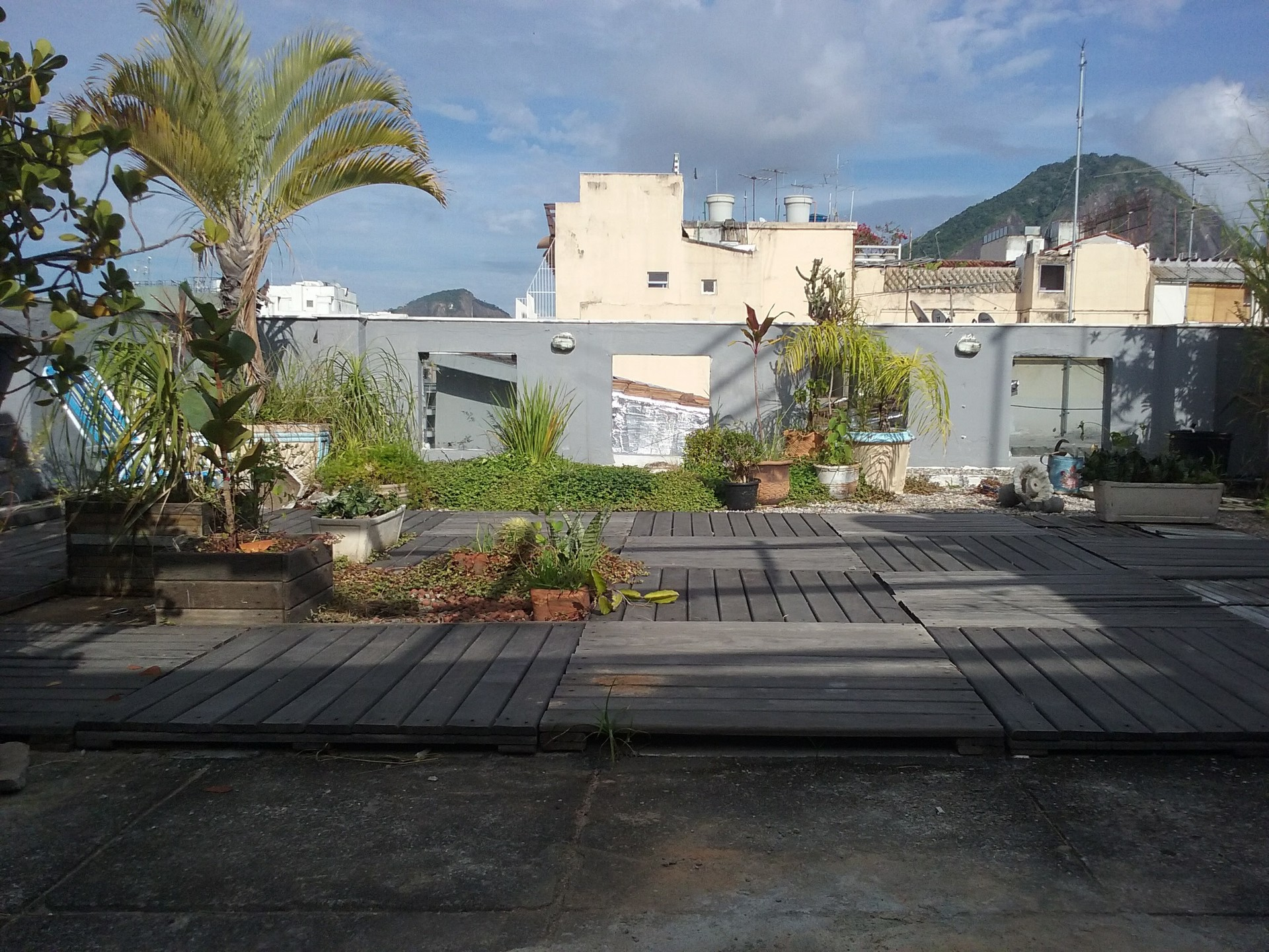 Copacabana Bungalow garden/terrace