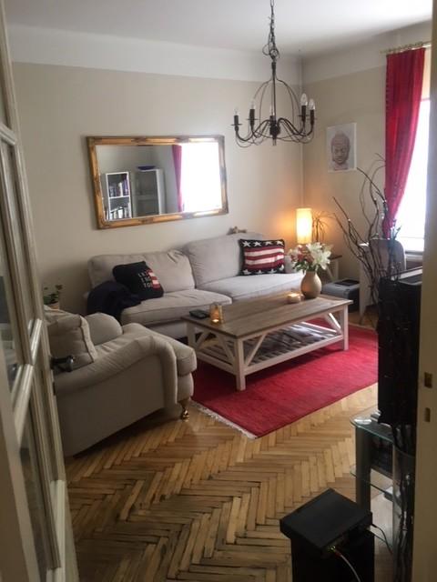 cosy-apartment-sofo-rented-2-weeks-july-06d27fcb23635d3e172012a78c18f4cc