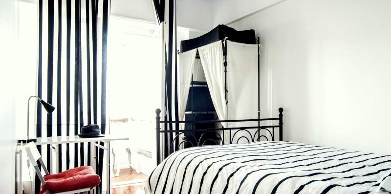 cosy-room-heat-balcony-central-lisbon-in