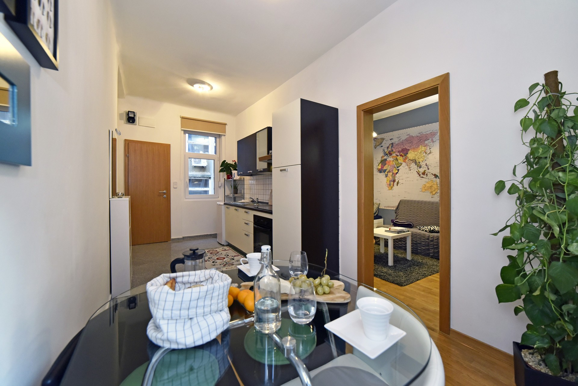 Cozy 1BR in the center 2 min from main square