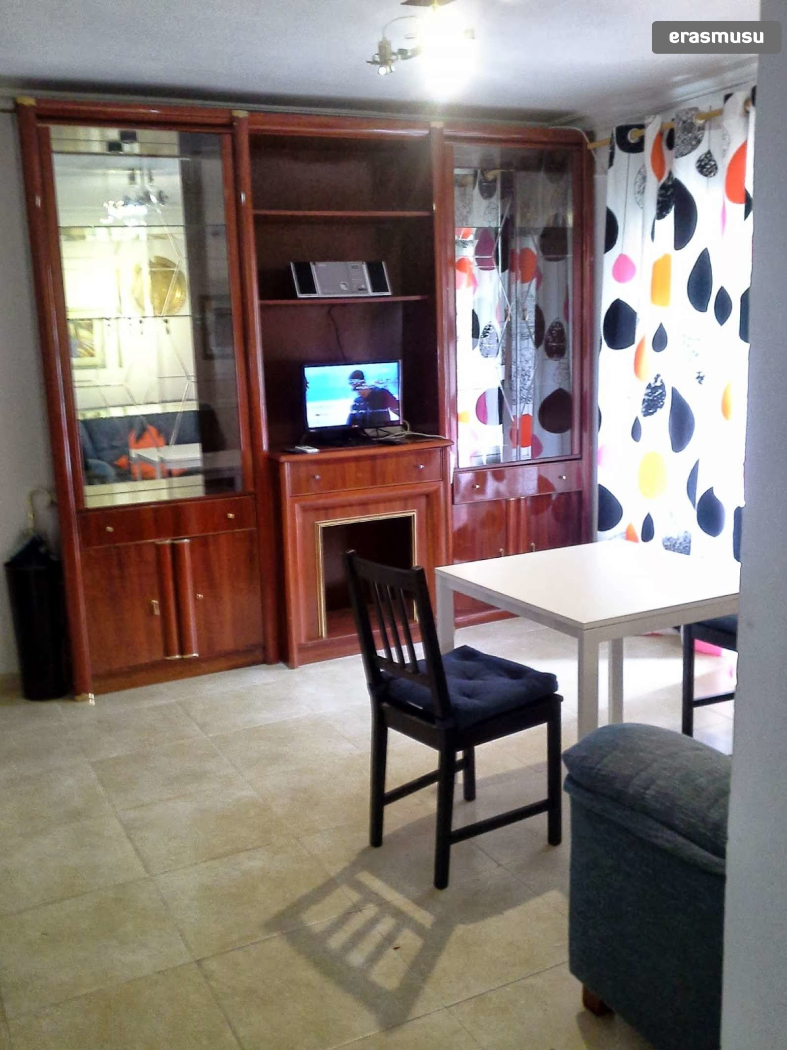 cozy 3bedroom apartment with balcony for rent in triana