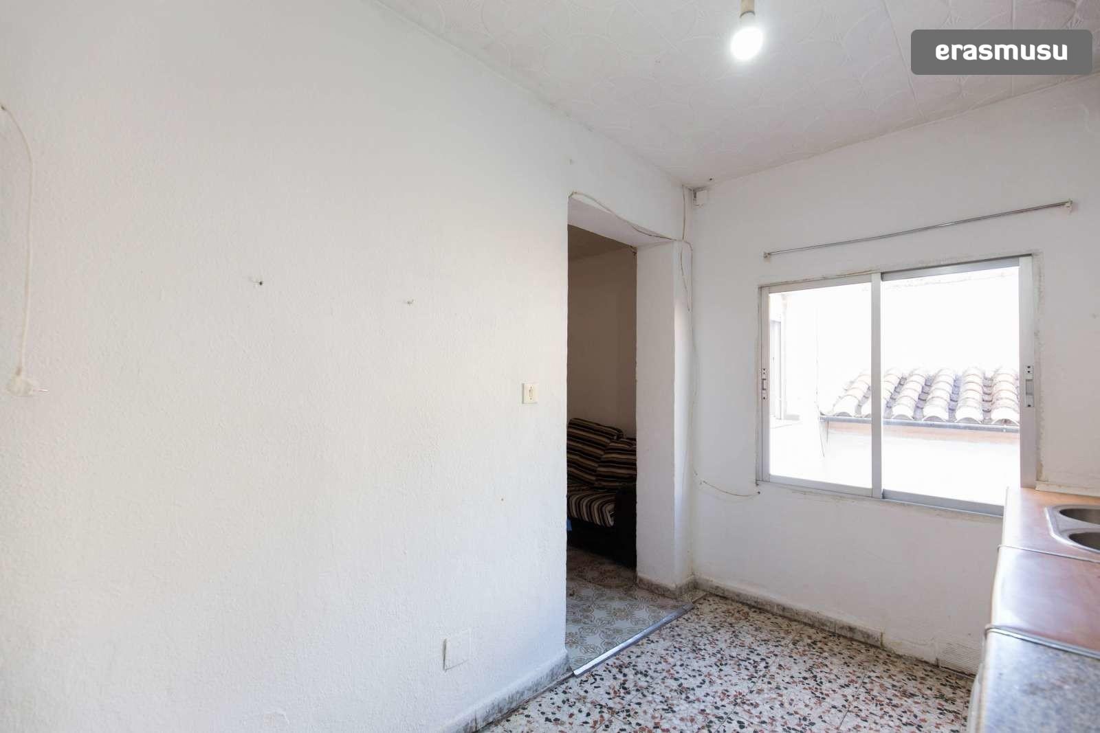 Calle Yeseros, 18011 Granada, Spain