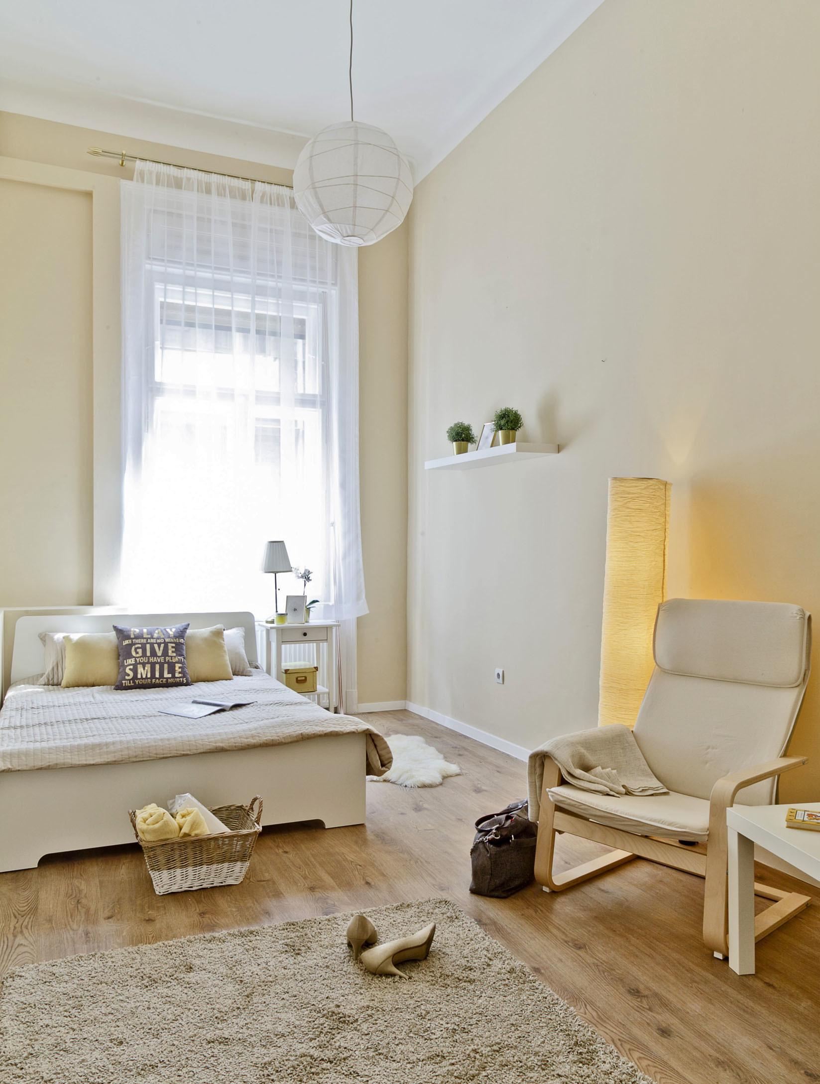 furniture to separate rooms. Cozy Apartment With 4 Separate Rooms In The City Center, Furniture To