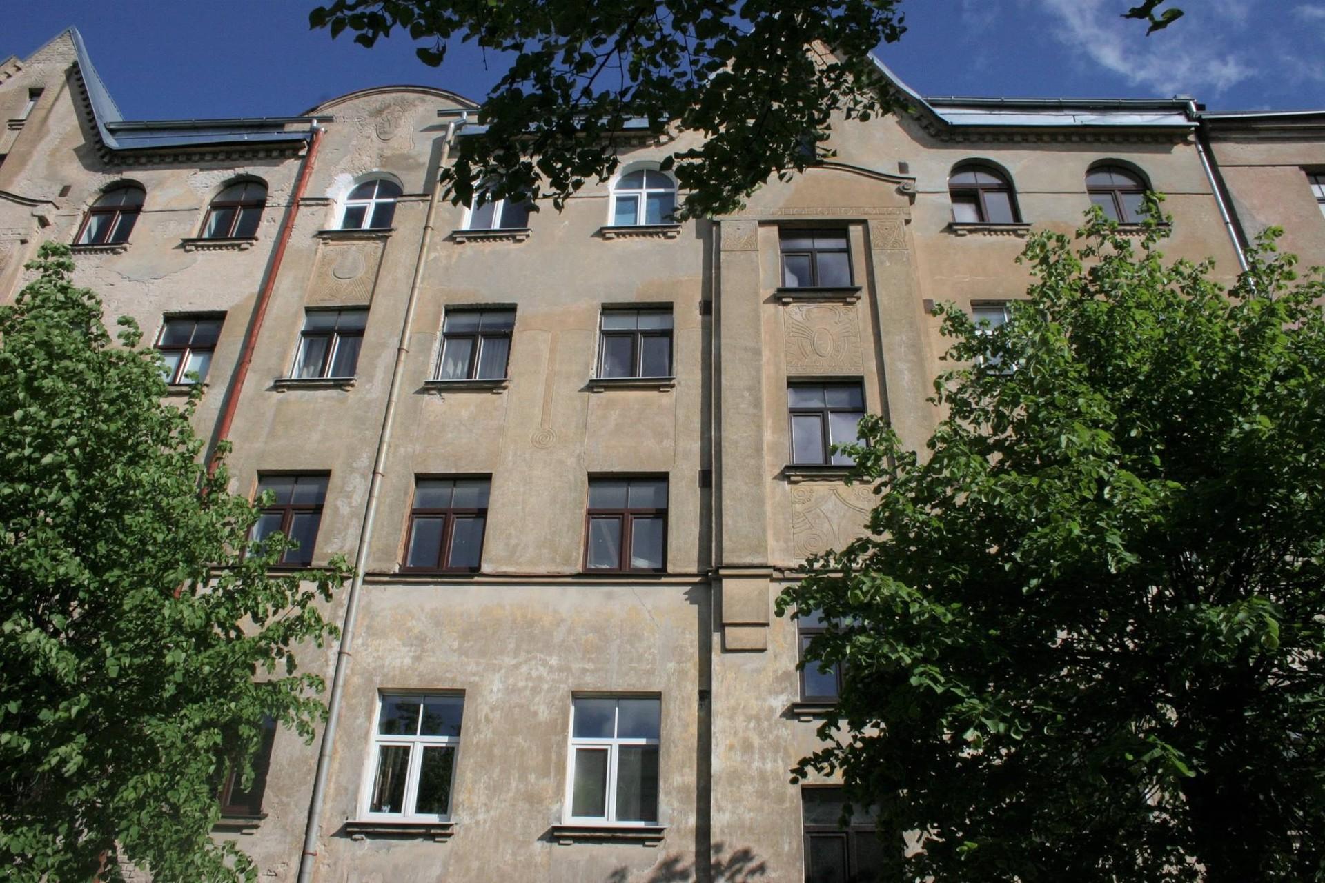 cozy-comfortable-1br-apartment-7e991251a9e69a271b830595c0f2cdfe