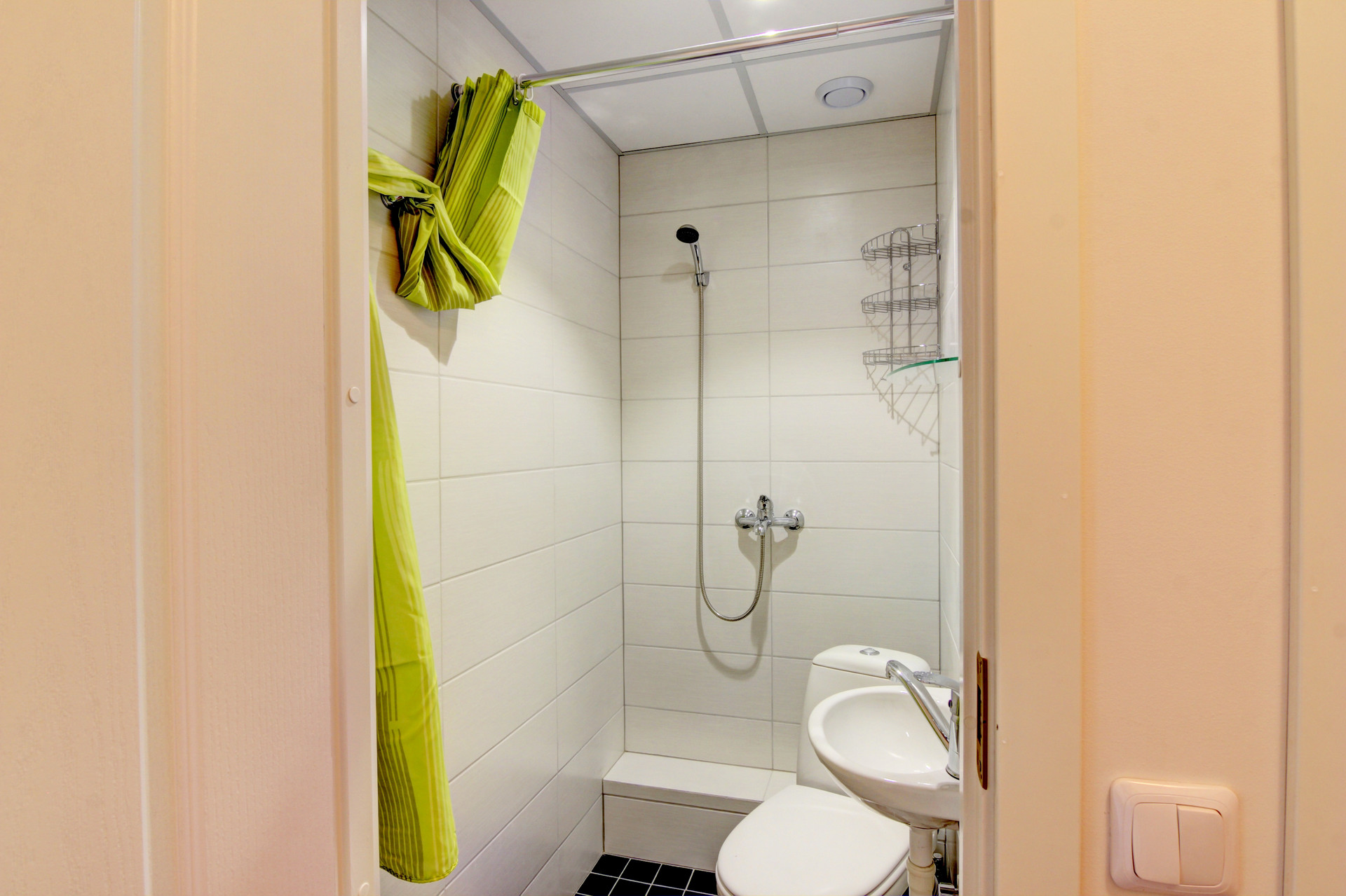 Cozy room in 5-room apartment in Baltupiai area