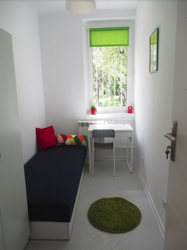 Cozy room for rent in a 7 single bedroom apartment
