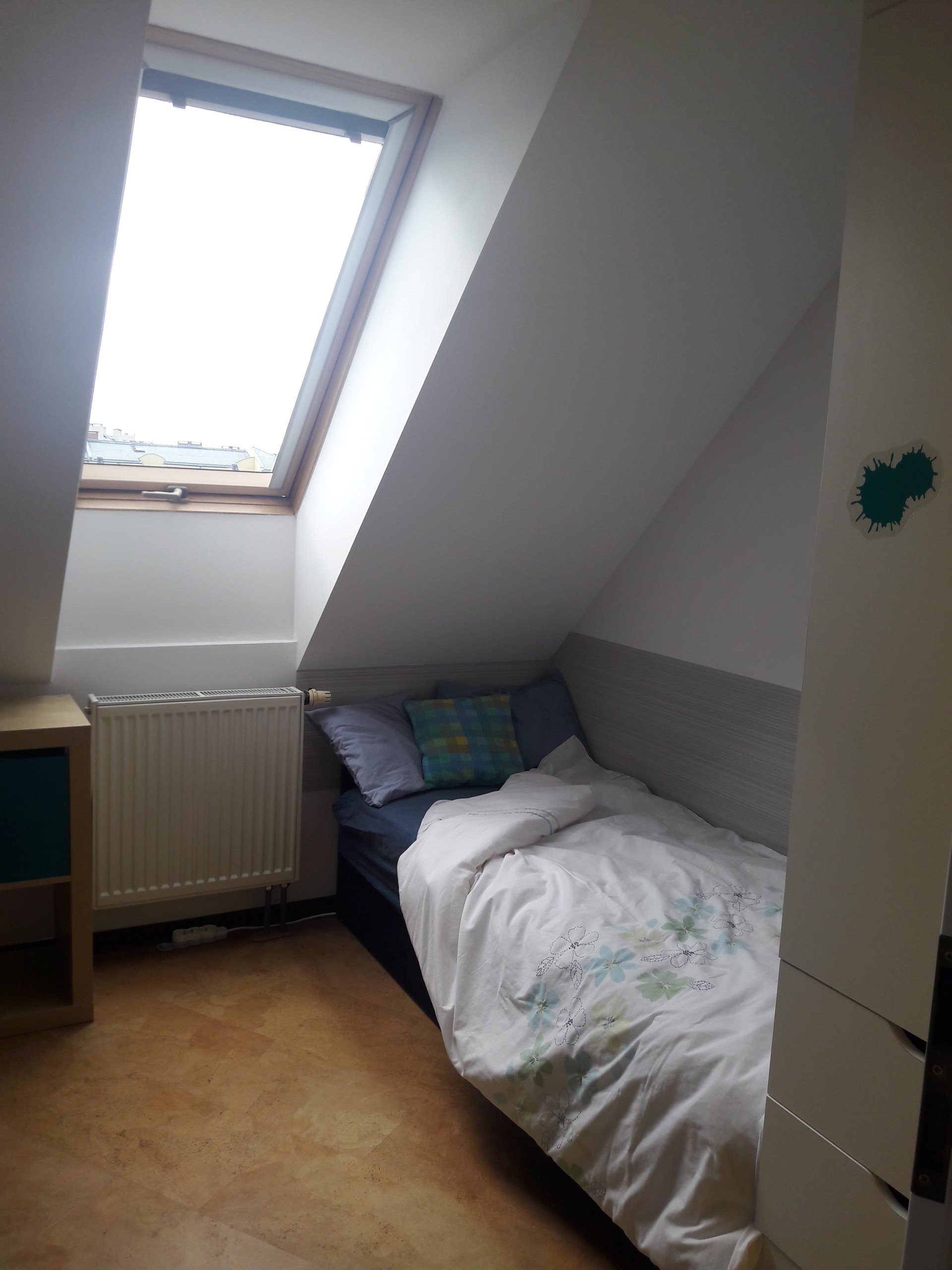 cozy small attic room 3 km from the old town