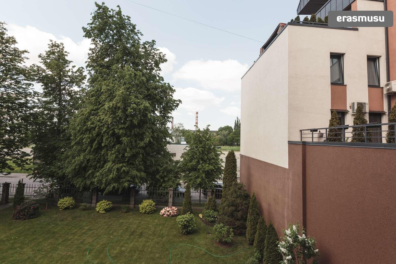 cozy-studio-apartment-rent-petersala-andrejsala-70e47e7c4e2452fd