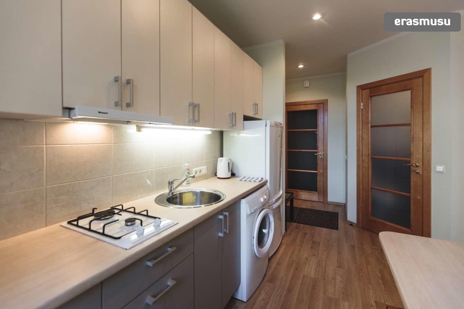 cozy-studio-apartment-rent-petersala-andrejsala-dc25280a3d80f219