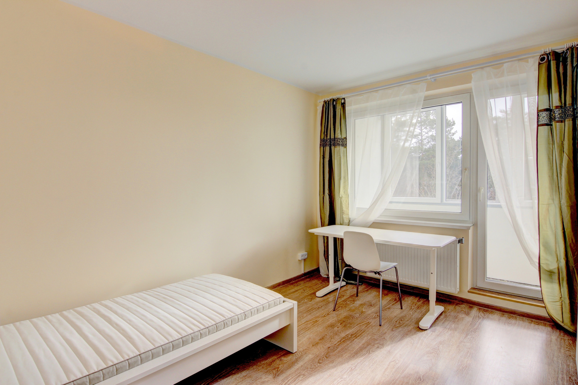 Cozy and Welcoming Room in 5-Room Apartment in Baltupiai