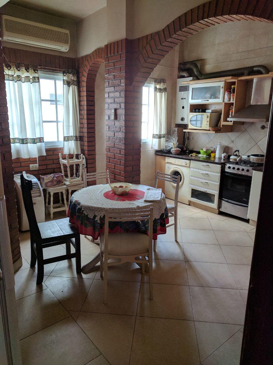 Cuarto, cocina y baño compartido, alquiler mensual ...