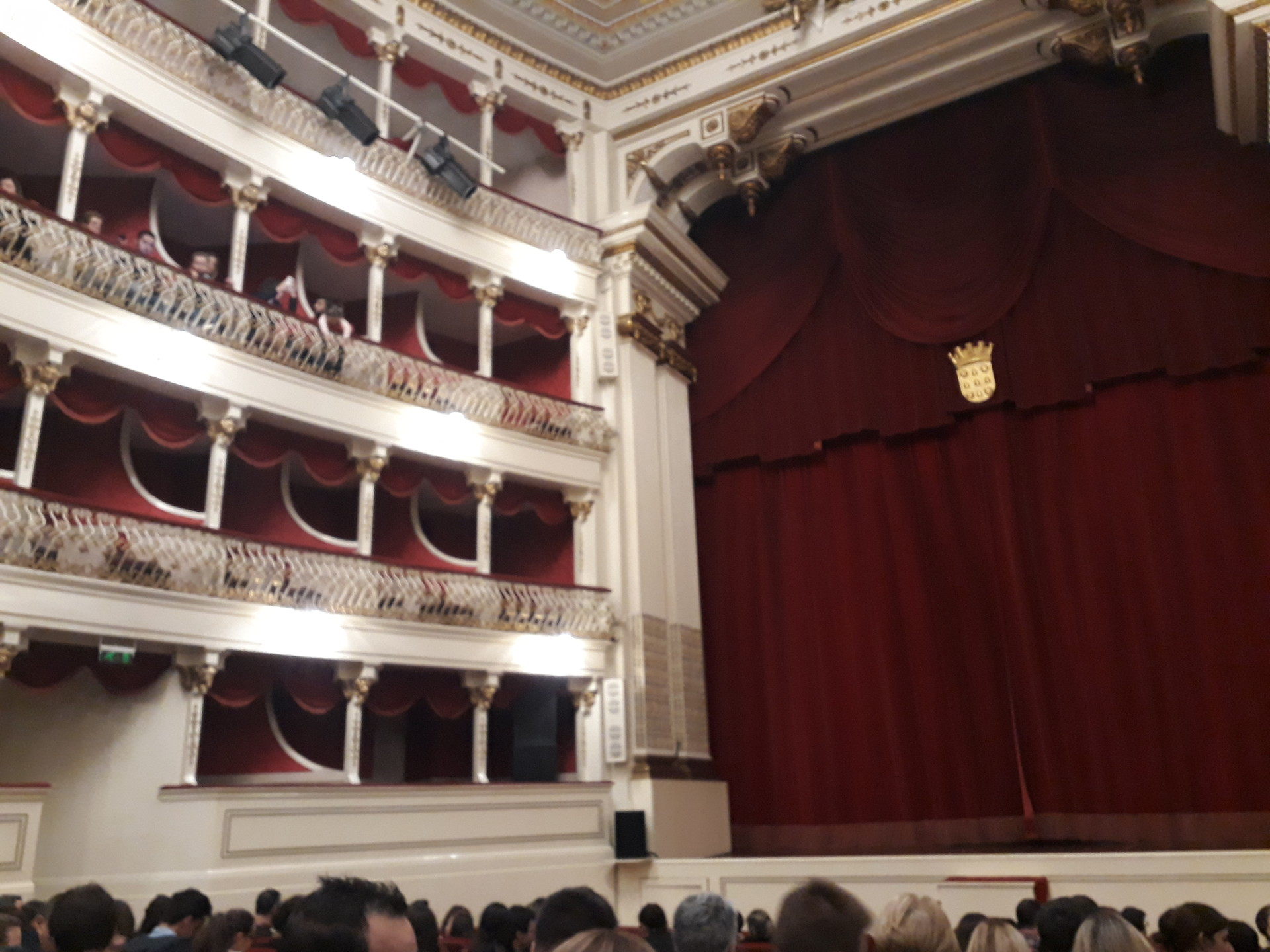 Culture in Madeira - theatres