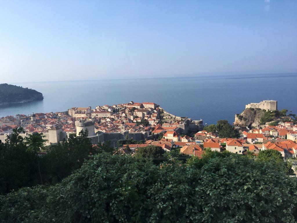 Día 9 (tarde-noche). Budva y ciudad nueva de Dubrovnik
