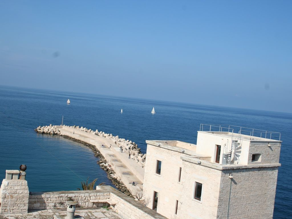 discovering-small-town-italy-giovinazzo-