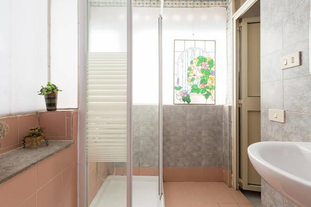 Doppia grandissima con bagno privato stanza in affitto roma - Stanza bagno privato roma ...