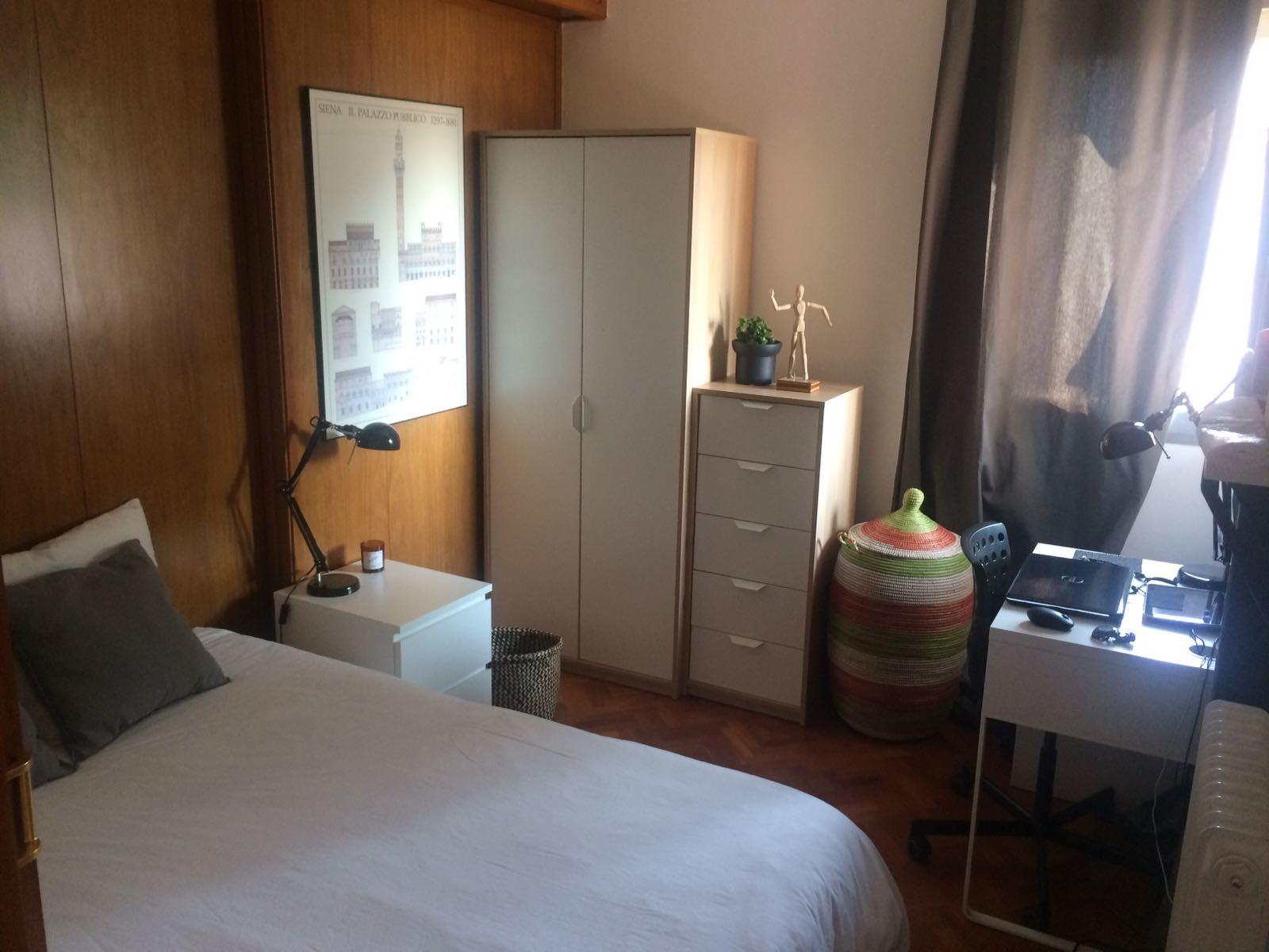 Dormitorio en fant stico piso de dise o junto al hospital Pisos para dormitorios