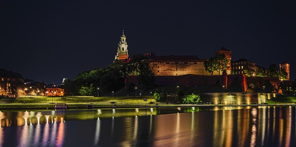 Doświadczenia z Krakowa, Polska oczami Damarys