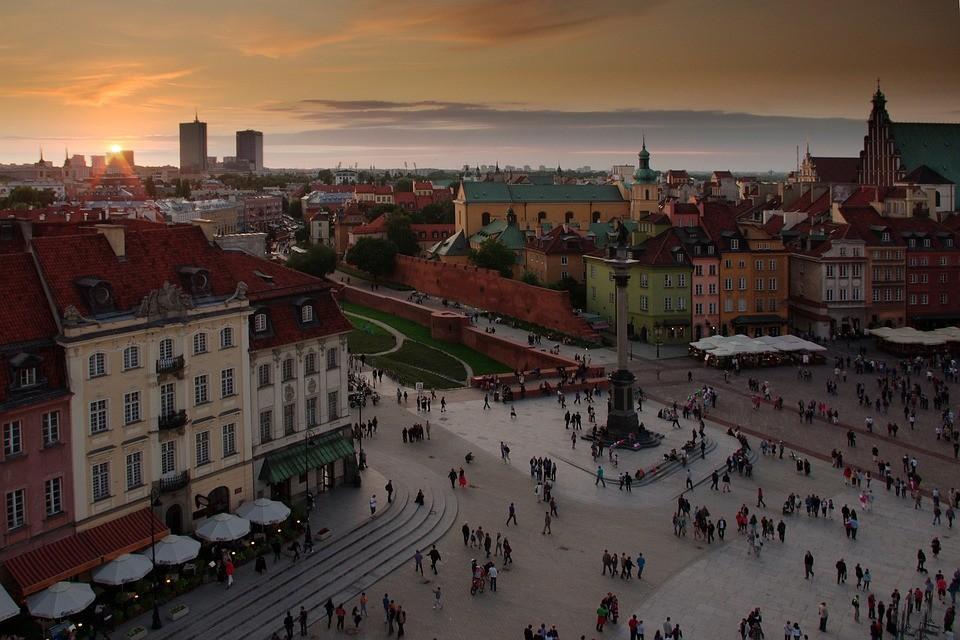 Doświadczenia z Politechniki Warszawskiej, Polska oczami Biedronki