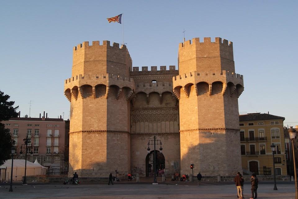 Doświadczenia z Walencji, Hiszpania według Christosa