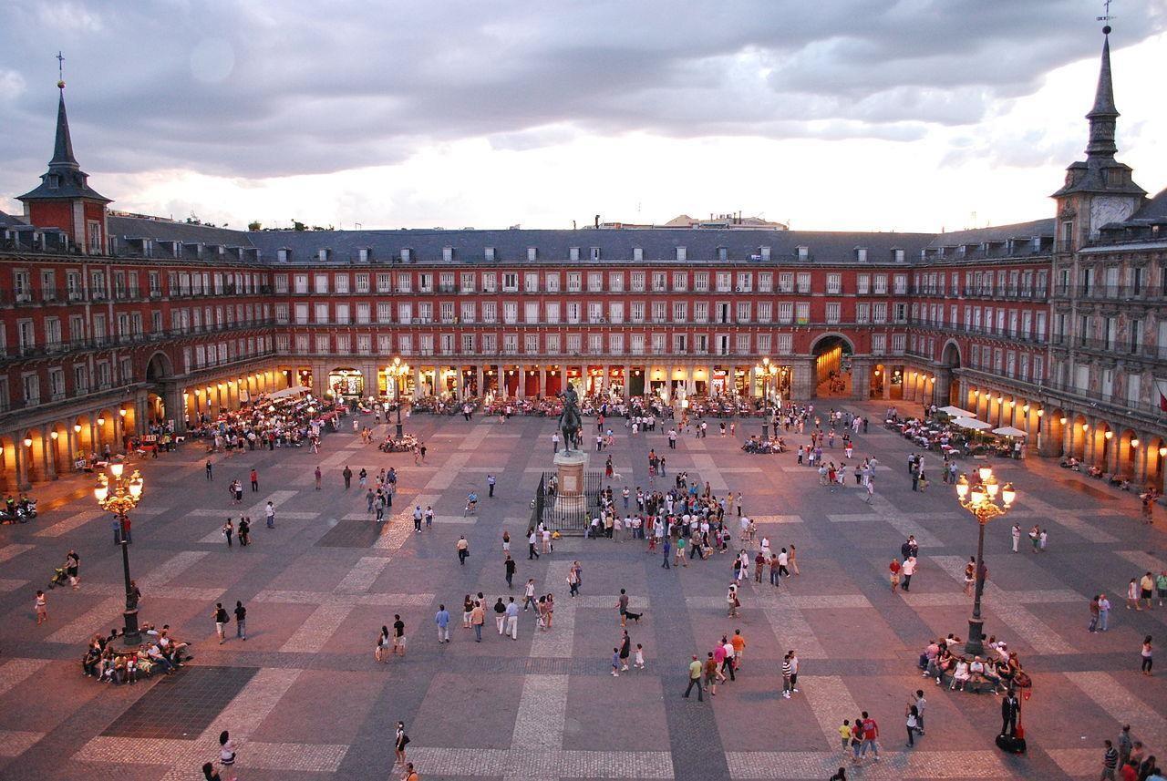 Doświadczenie w Madrycie, Hiszpania według Evy