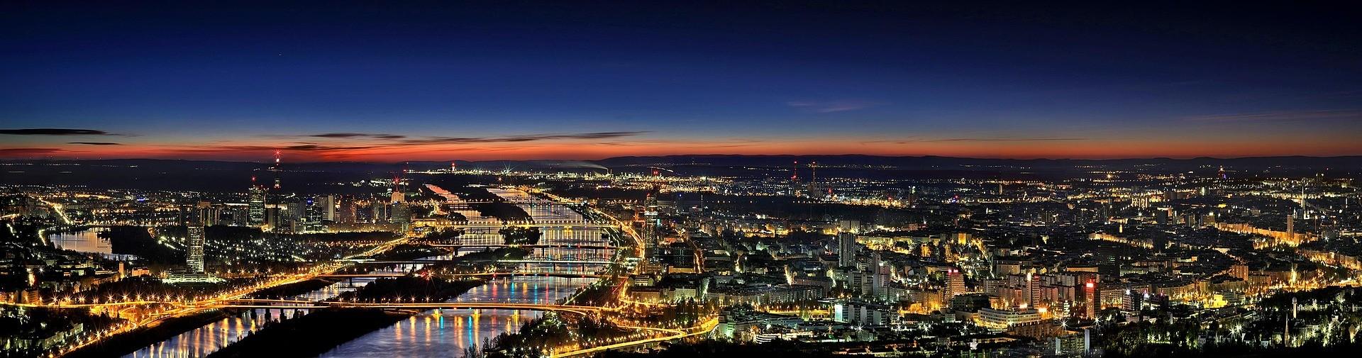 Doświadczenie w Wiedniu, Austria według Cagana