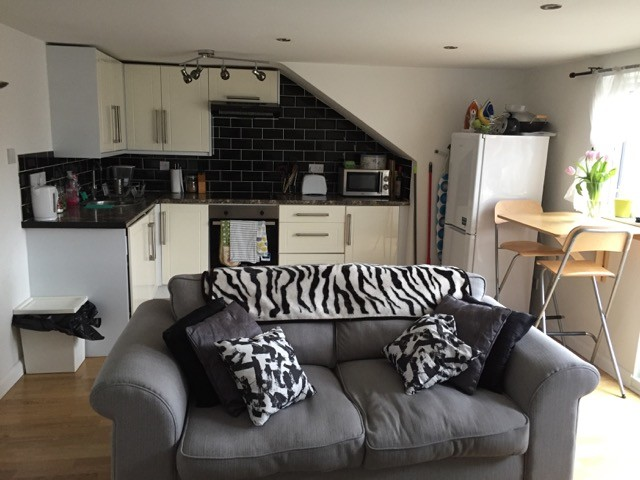 Rooms: 2 Double Bedroom In Self Contained Attic Conversion