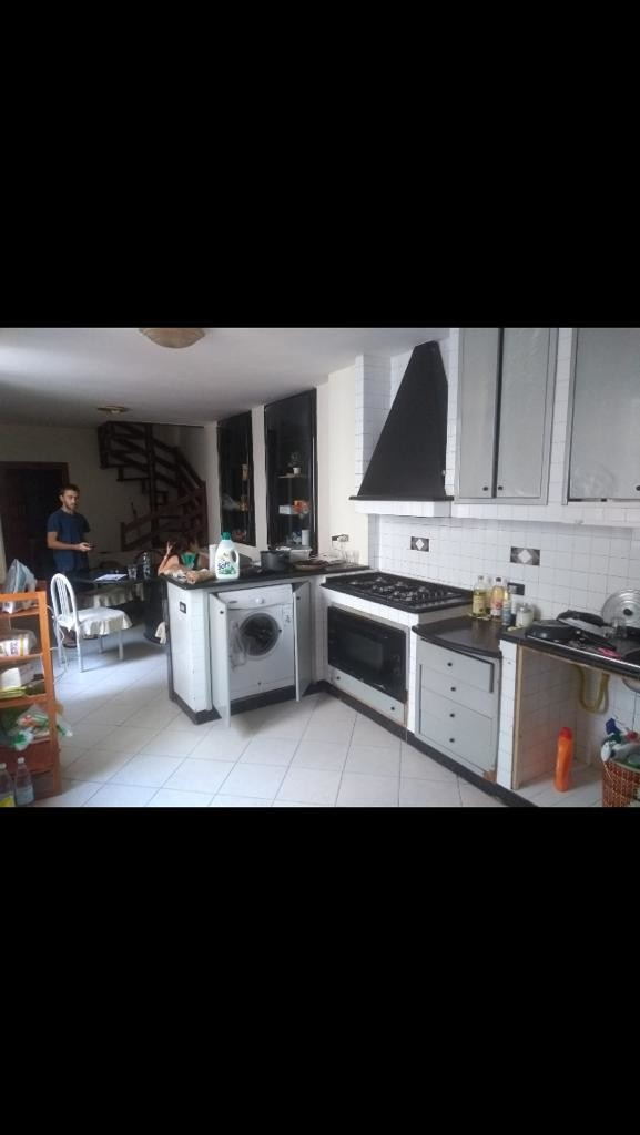double-room-historic-center-napoli-52743d1d4cd329179b5e61aecb742b88