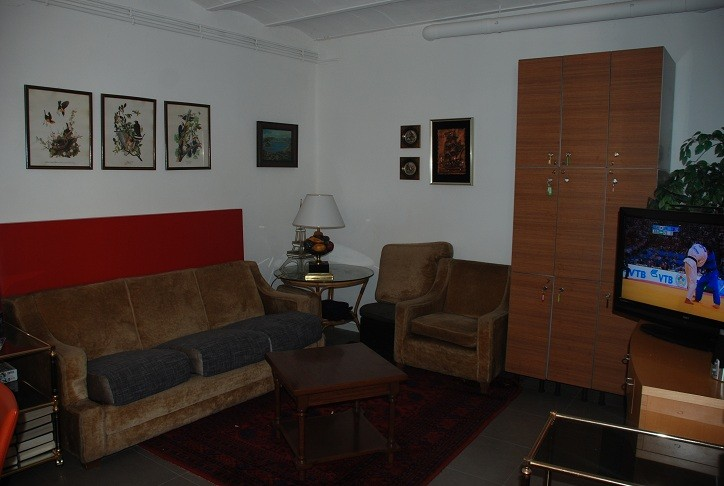 Rooms: DOUBLE ROOM WITH PRIVATE BATH. HOME WITH LARGE GARDEN AND