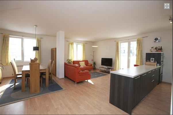 Duplex moderno soleado con 3 x terazas amplias y vistas - Fotos de duplex ...