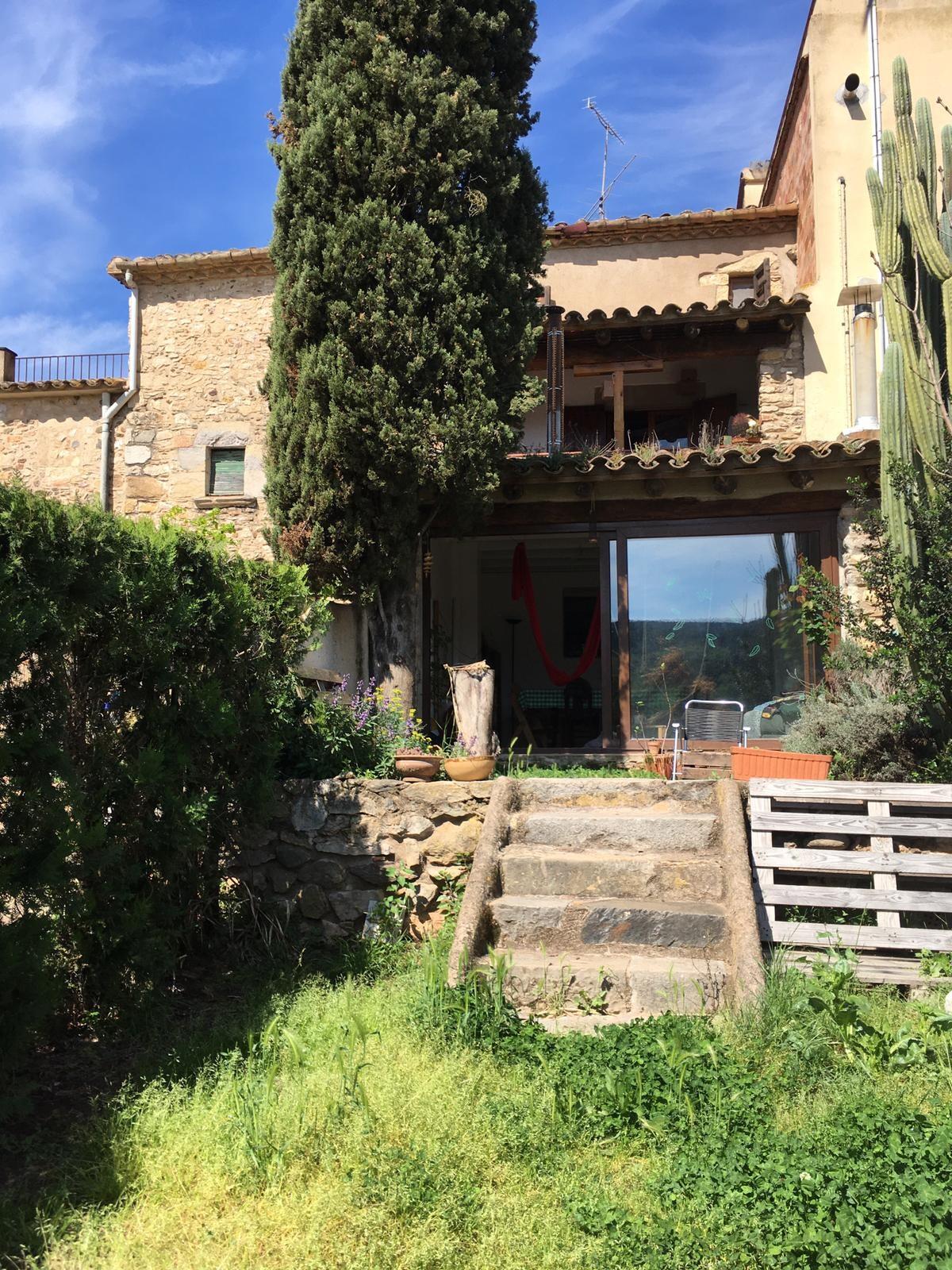 Habitación en Casa con jardín