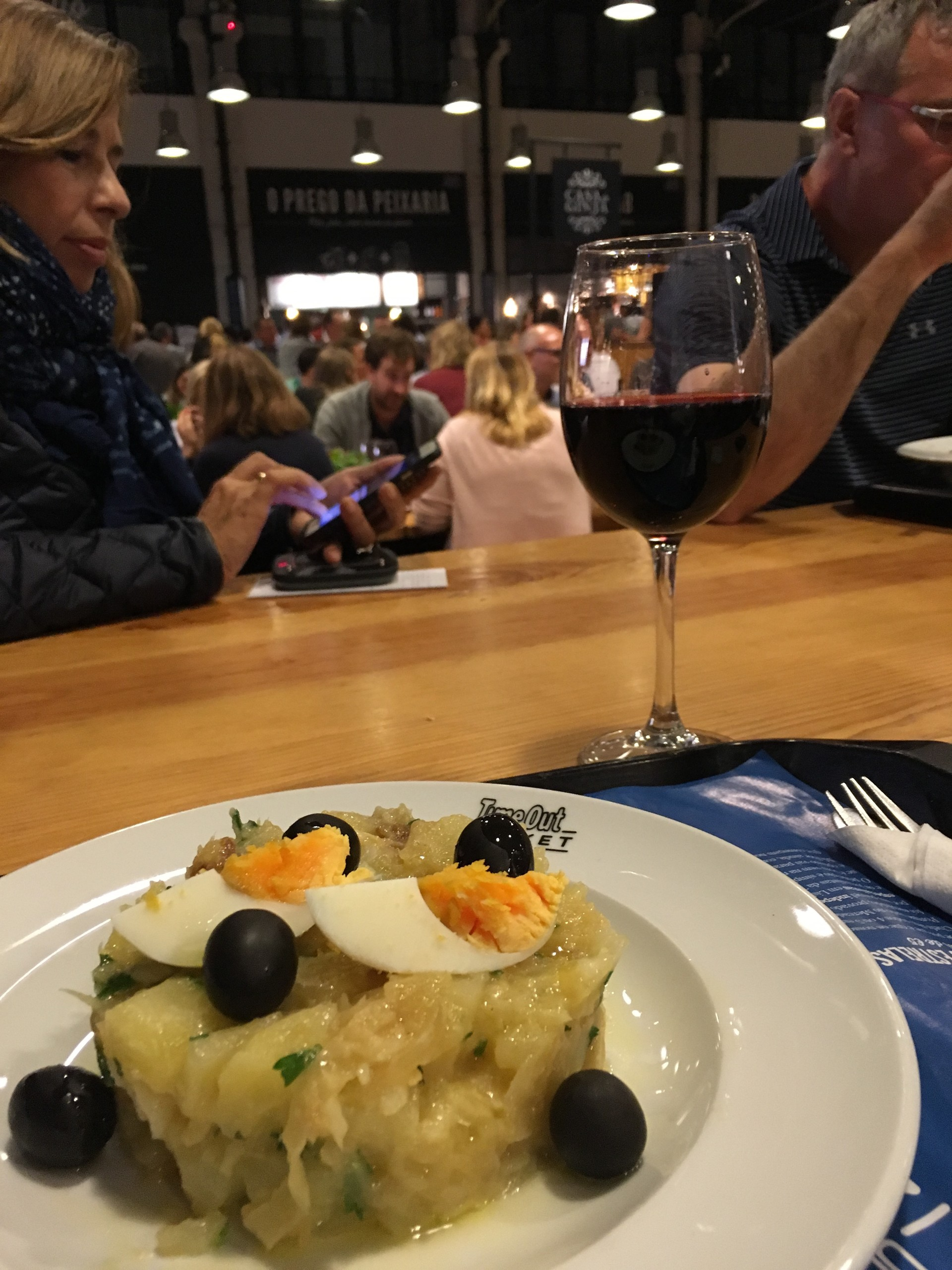 Eat modern portuguese!