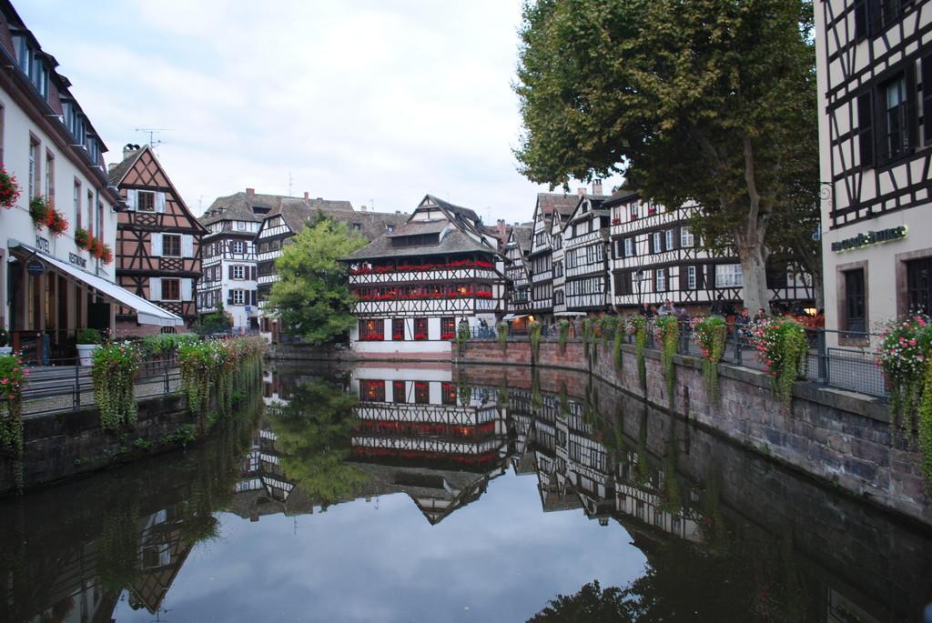 el-lugar-mas-pintoresco-de-estrasburgo-e