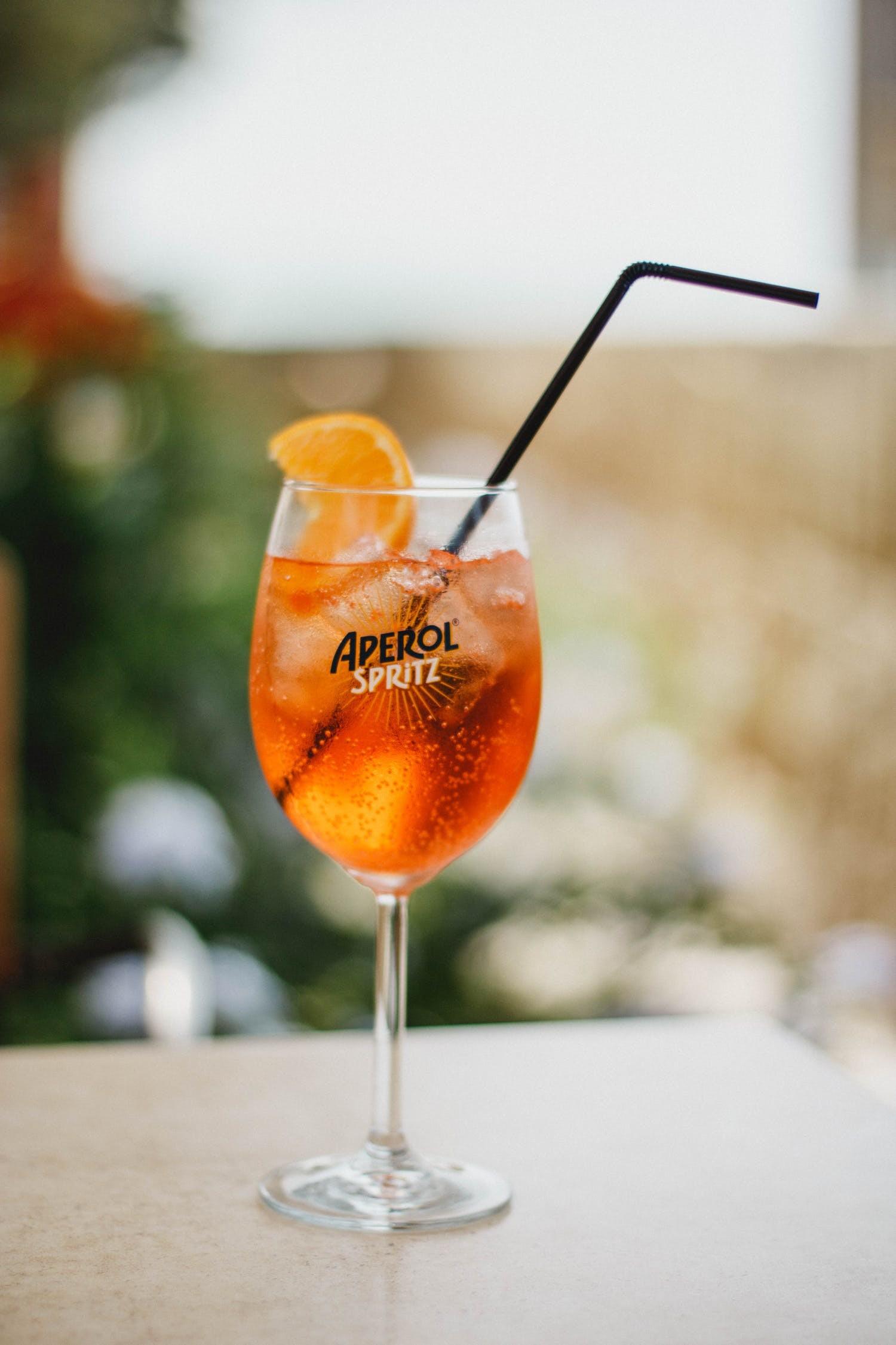 El spritz de Aperol: todo lo que hay que saber sobre esta bebida típica italiana