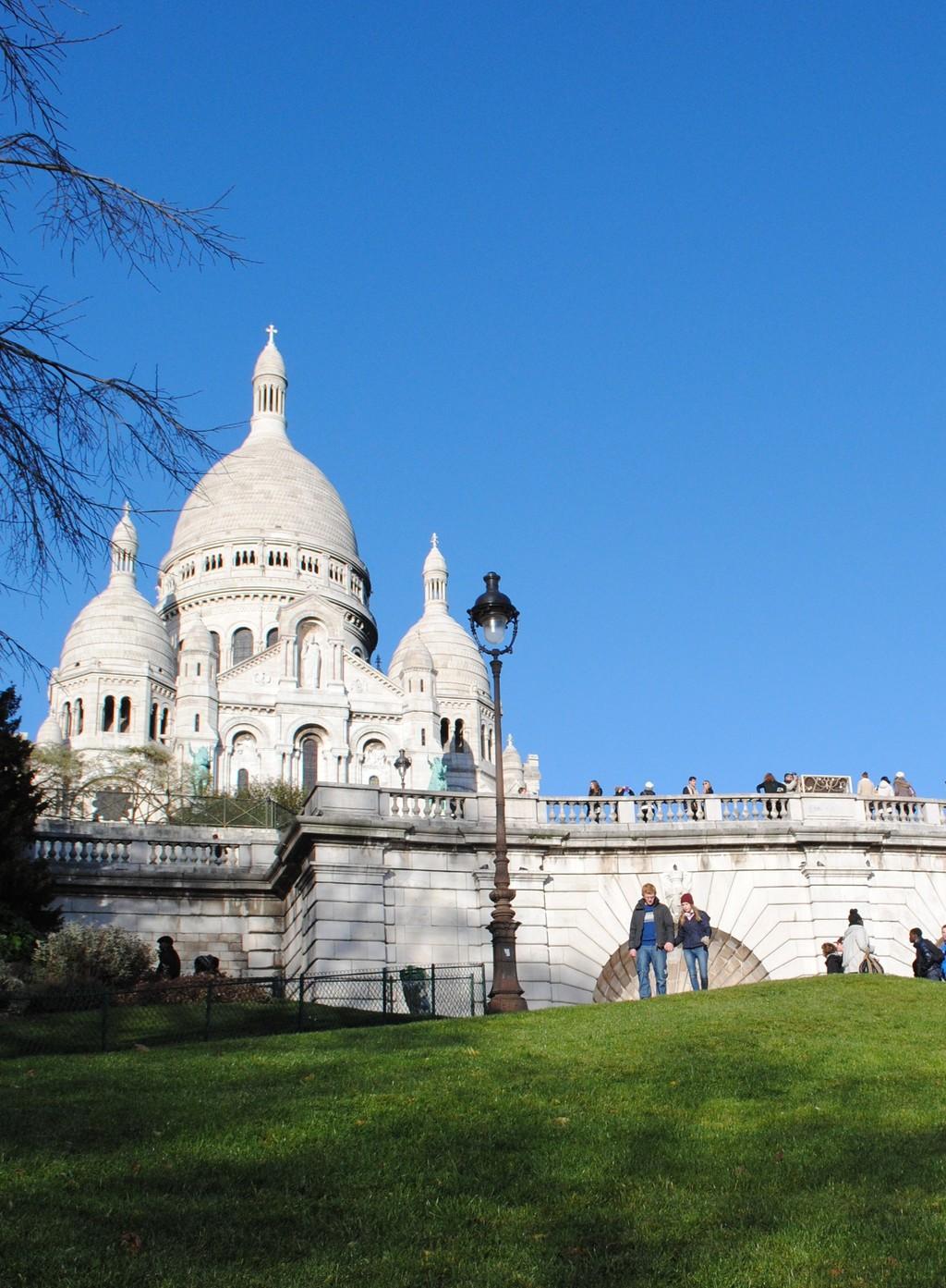 el-templo-blanco-de-montmartre-7b881a5ed