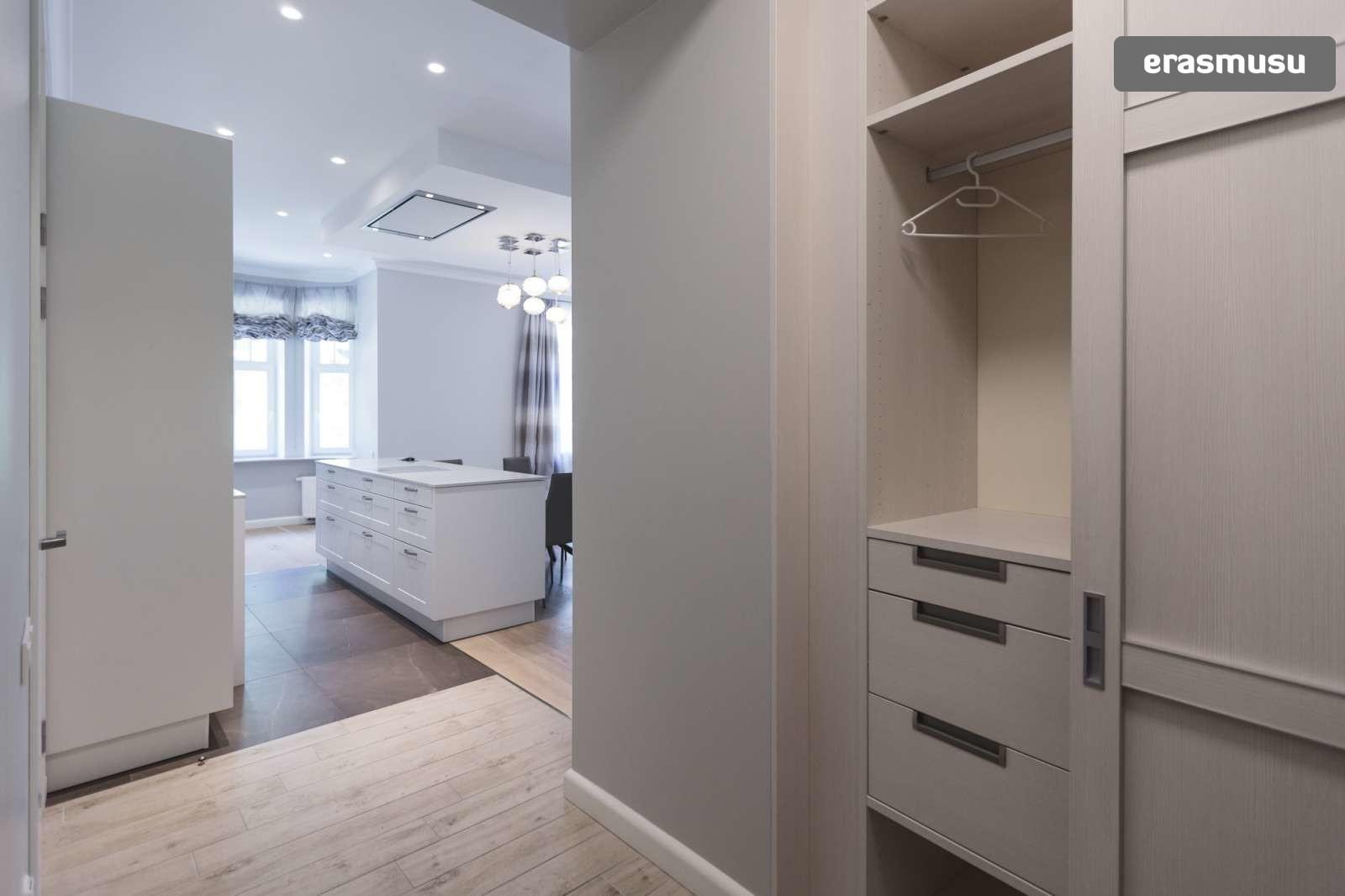 elegant-1-bedroom-apartment-rent-centrs-4205a058b84d2a969f3ebdd8