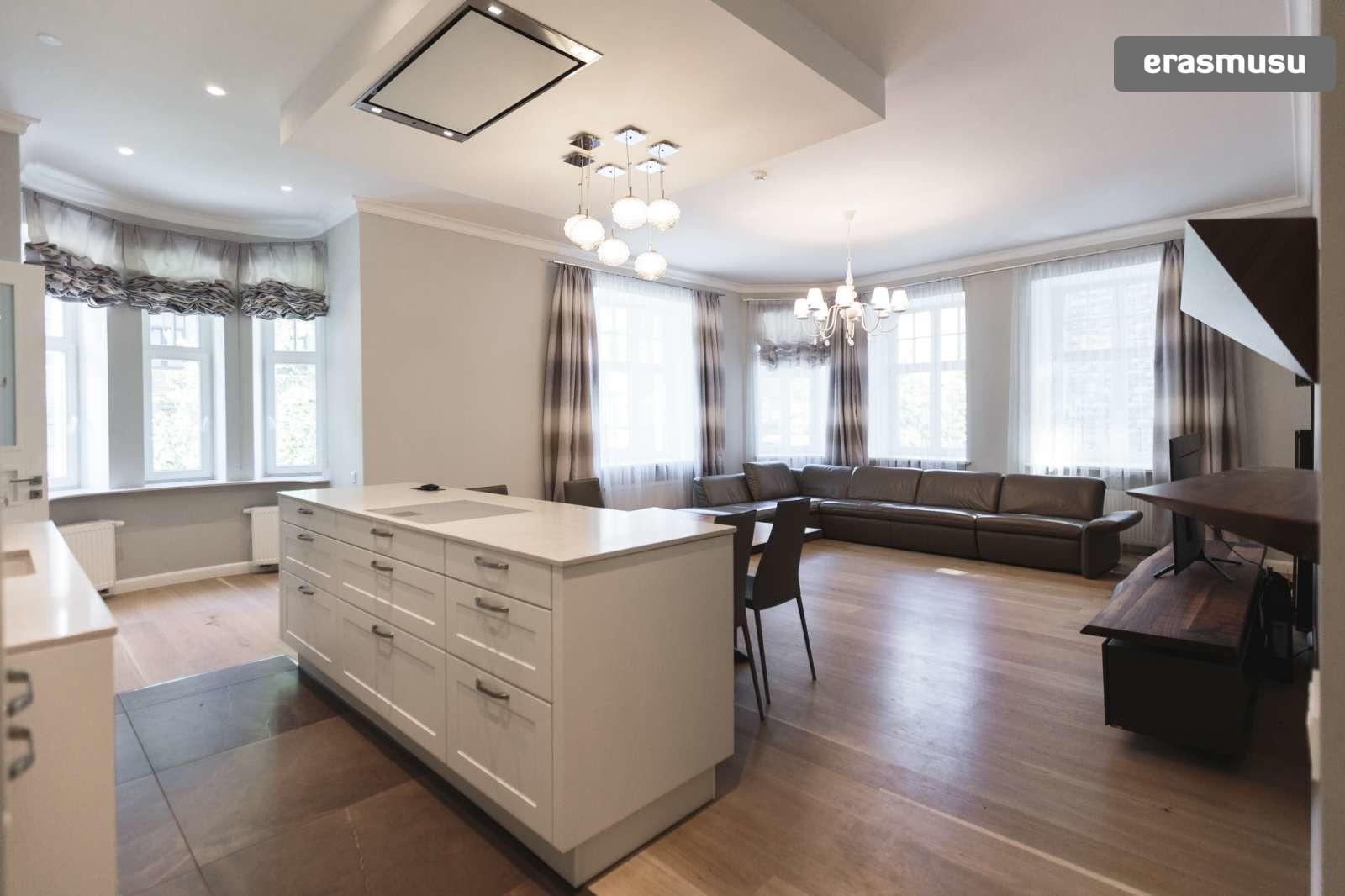 elegant-1-bedroom-apartment-rent-centrs-c9a3f6d6a0d15996055237e3