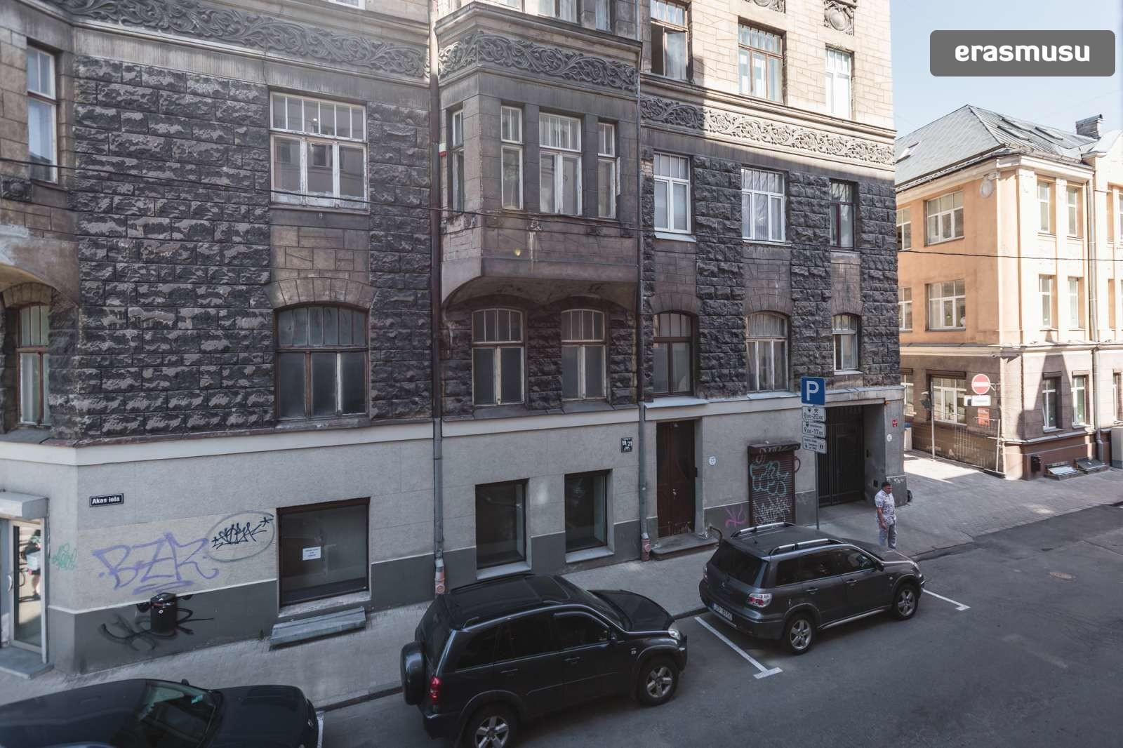 elegant-1-bedroom-apartment-rent-centrs-f222a21d7f0546856a99a048