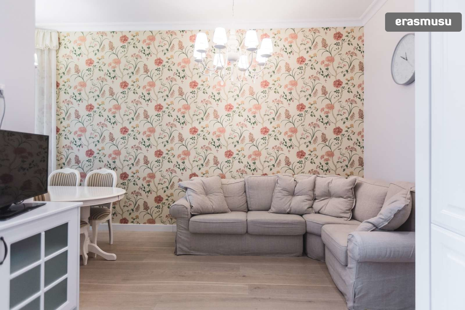 elegant-2-bedroom-partment-rent-centrs-39ddb7a9798018473bcc4a3e6