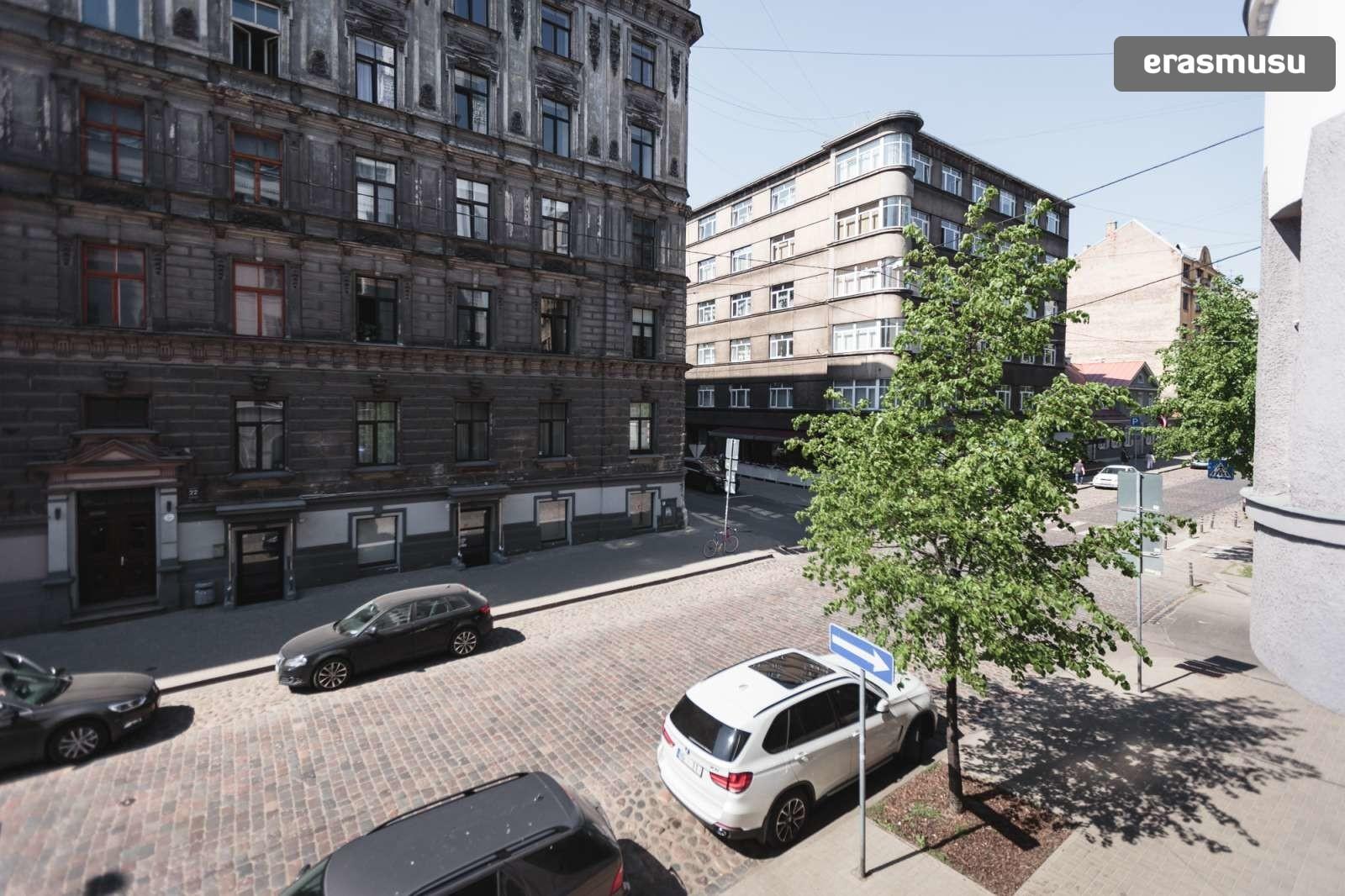 elegant-2-bedroom-partment-rent-centrs-85bf9285e9db6e44795a3c987