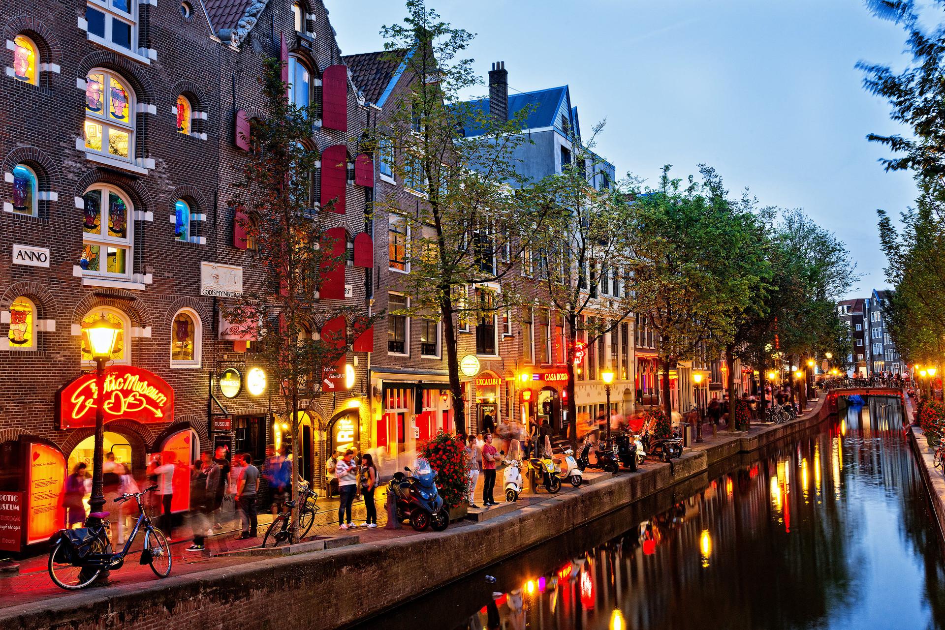Erasmus Experience in Amsterdam, Netherlands by Dea